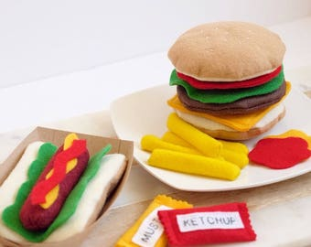 Felt Hotdog and Cheeseburder Set - Cheeseburger, Hotdog on a bun, Ketchup, Mustard - Superbowl Sale! Felt Food, Pretend Play Food