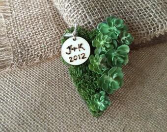 Boutonnière/ heart boutonnière/ succulent/ succulent boutonnière/ personalized boutonniere/ buttonhole/ rustic boutonniere/ woodland wedding