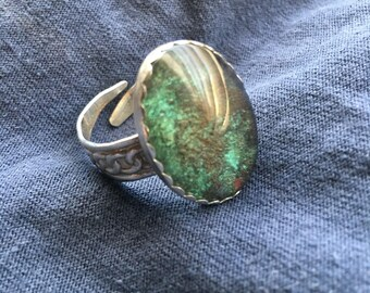 Irradessent goethite pyrite ring