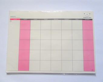 Pastel Desk Calendar A4