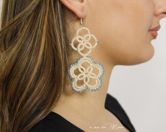 Embroidered earrings for girl in beige tatting lace and blue beads