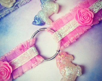 soft frilly trim iridescent pony ceramic flower choker necklace Soft Grunge, kawaii,harajuku,fairykei,decora, sweetlolita