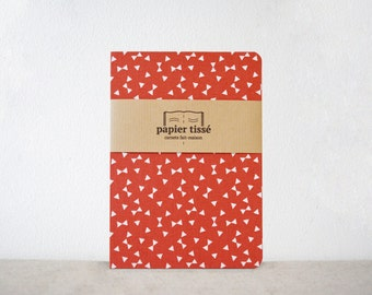 Carnet motif triangle rouge