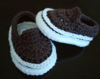 Crocheted baby vans style shoes, crochet baby shoes, crib shoes, baby girl shoes, baby boy shoes, knit baby shoes, vans shoes, 0-3 months