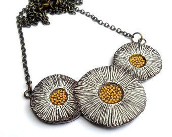 White and Yellow Rustic Daisy Necklace - Sweet Affection  - Flower Necklace
