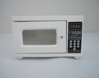 Miniature Microwave Oven ~ Kitchen Appliance ~ Miniature Microwave ~ Dollhouse ~ Fairy Garden ~ Diorama ~ Miniature Scene