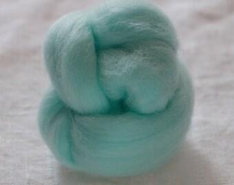 Merino Wool Top 100%, Needle Felting Wool, Wool Roving, Hand Spinning, Sky Blue, Merino Wool Felt, High Quality Soft Merino Wool, mw27