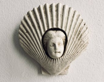 Seashell magnetic woman face