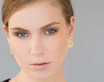 Delicate Gold Stud Earrings, stud earrings gold, gold earrings, post earrings, gold stud earrings, bridal earrings, golden earrings