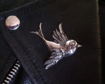 Classic  Old School Tattoo Swallow Brooch