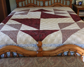 Quilted Throw, Full sized Quilt, Handmade Quilted Blanket, Hand-made Quilts, Home Made Quilt, Home-made Quilts, Big block quilt, Brown Quilt