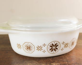 Vintage Pyrex 043 Casserole Dish Town & Country Brown Cinderella 1 1/2 Qt Casserole with Glass Lid