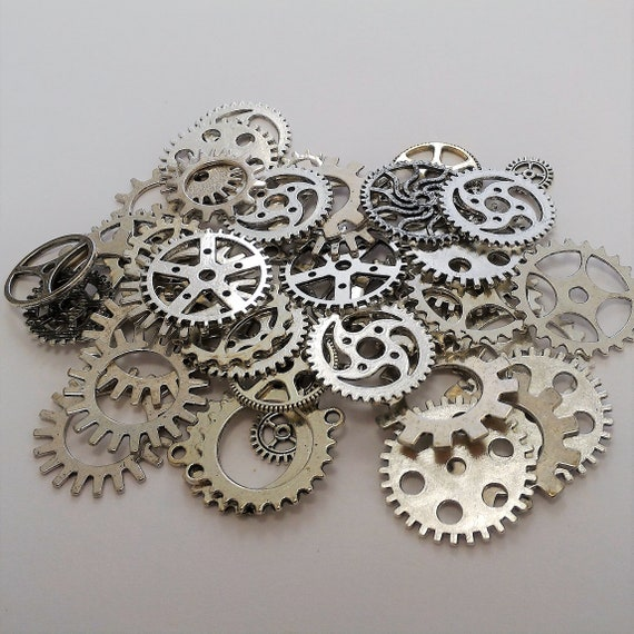 "CLEARANCE 50 pcs Steampunk Clock Gears Cogs Charms Assorted Mixed Metal Bike Steampunk Jewelry Watch Gears 1/2"" to 1"" Silver Bicycle Gears"