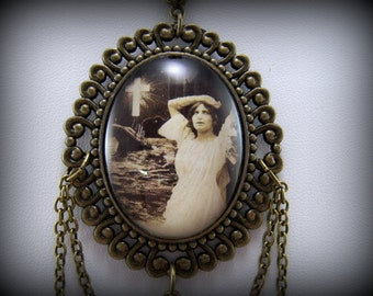 Titanic Necklace Gift for Her Handmade Jewelry Collectible Art Pendant Titanic Lovers Gift