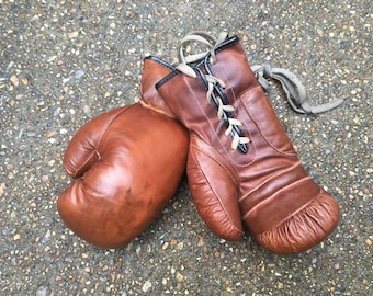 Genuine Leather Vintage Style Boxing Gloves