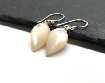 Pearl Earrings Bridal Earrings Wedding Jewelry Wedding Earrings Large Pearl Bridal Jewelry Pearl Drop Earrings Bridesmaid Mother Of Pearl