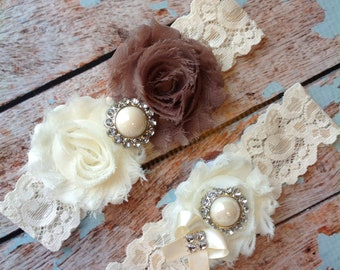 MOCHA  wedding garter set / bridal  garter/  lace garter / toss garter included /  wedding garter / vintage inspired lace garter