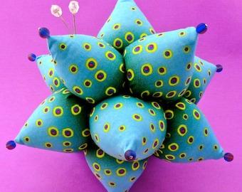 Pincushion Tutorial Sea Urchin Pattern PDF Sea Creature Pincushion Quilter Folded Fabric Kanzashi Vintage Look Sputnik La Todera