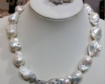 Large Baroque Necklace And Bracelet With Panther