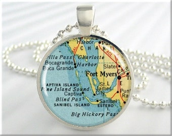 Fort Myers Map Pendant, Resin Pendant, Fort Myers Florida Map Necklace, Gift Under 20, Picture Jewerly, Round Silver, Travel Gift 529RS