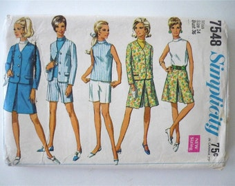 Vintage Sewing Pattern Women's 60's Simplicity 7548, Jacket, Skirt, Pantskirt, Shorts, Blouse (M)