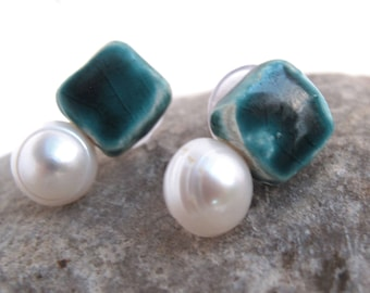 Small turquoise ceramic earrings with pearl