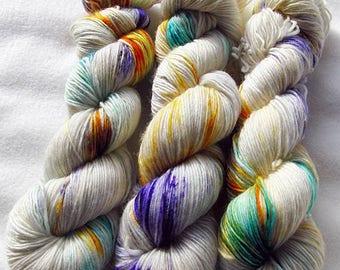 Merino SINGLE yarn, 100 %  100g 3.5 oz.Nr. 117