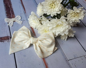 Large RENATA Pinwheel Bow/For the Love of Daisies/Baby bow/hair bow/spring/nylon headband/barrette/clip/baby gift