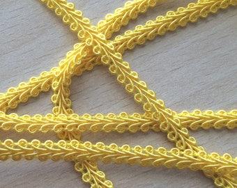 """""""Ears"""" 081 5 mm yellow stripe"""