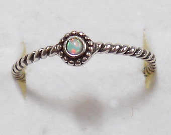 Size 7 Delicate Tiny Opal  Sterling Silver Ring Size New Vintage Wholesale Twisted Wire