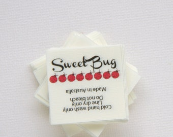 "140 -1.5"" x 1.5""  - Fabric labels. In-seam fold style sewing label."