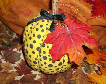 Stuffed Pumpkin,Fall Decor,Home Decor, Handmade Pumpkin, Rustic Pumpkin, Primitive Pumpkin, Halloween Decor, Thanksgiving Decor,Pin Cushion,