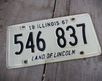 Vintage License Plate Illinois 1967 Rustic Garage, Industrial, Man Cave, Pub, Bar Decor, Wall Hanging, Home Decor