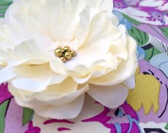 Creamy White Wedding Flower Clip