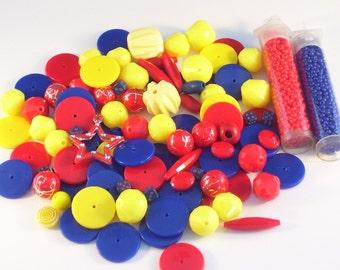 100 assorties rouge, jaune et bleu Opaque perles / / assortiment de perles de couleur primaire / / perle Destash Mix