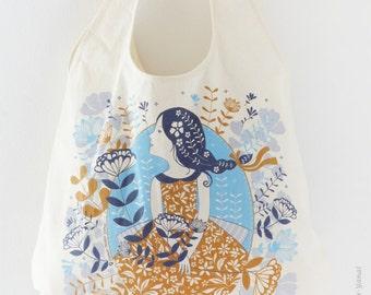 Tote Bag handmade, Eco friendly bag, Market bag - Girl in Sky Blue - Beach bag, Girl gift ideas, Screen print tote, Summer bag, Market tote