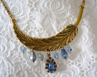 Leaf necklace gold tone and Crystal
