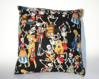 Day of the Dead / Dia de los Muertos Pillow
