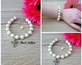 First Communion, First Communion Gift, Communion Bracelet, Cross Bracelet, Pearl Bracelet, Baptism Charm Jewelry, Communion Jewelry, Baptism
