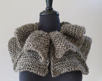 Forest Mist Gray Khaki Color Knitted Chunky Ruffled Buttoned Collar Cowl