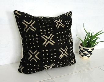 Black Mudcloth Pillow Cover with Cream X Print / African Mud Cloth Bogolanfini Geometric Cotton Linen Neutral Decor Organic Statement Ethnic