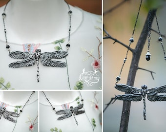 Dragonfly Necklace  Silver/Black  11x6,5 cm