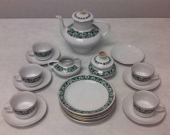 22 Piece Freiberger Porzellan Tea Service Set from East Germany
