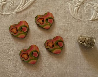 4 buttons painted wooden hearts / multicolored spirit 70's