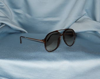 Authentic vintage Carrera sunglasses !