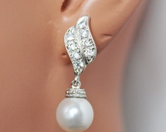 15% off SET OF 5 - Pearl Drop Wedding Earrings, Rhinestone Bridal Earrings, Bridesmaids Pearl Drop Earrings, Classic Pearl