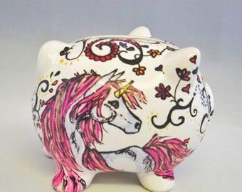 Unicorn piggy bank, hand painted unicorn piggy bank, personalised unicorn piggy bank, unicorn lovers gift, unicorn decor, unicorn gift