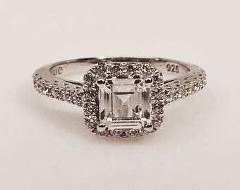Elegant Emerald Cut Square Diamonluxe with Halo