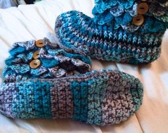 Women's Slippers - Women's Booties - Crocodile Slippers - Crocodile Booties - Made to Order - US Size 6-10 - 10 Variegated Colors to Choose