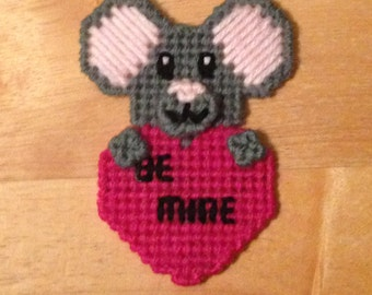 Easter Gift, Mouse Valentines Magnet, Critter Magnet,  Gift, Mouse Gifts, Gift for Kids, Kids Magnets, Hugs Magnet, Mouse Magnet, Be Mine